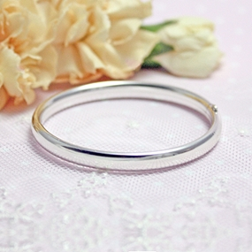 Polished Silver Bangle Bracelet 4.5 in.